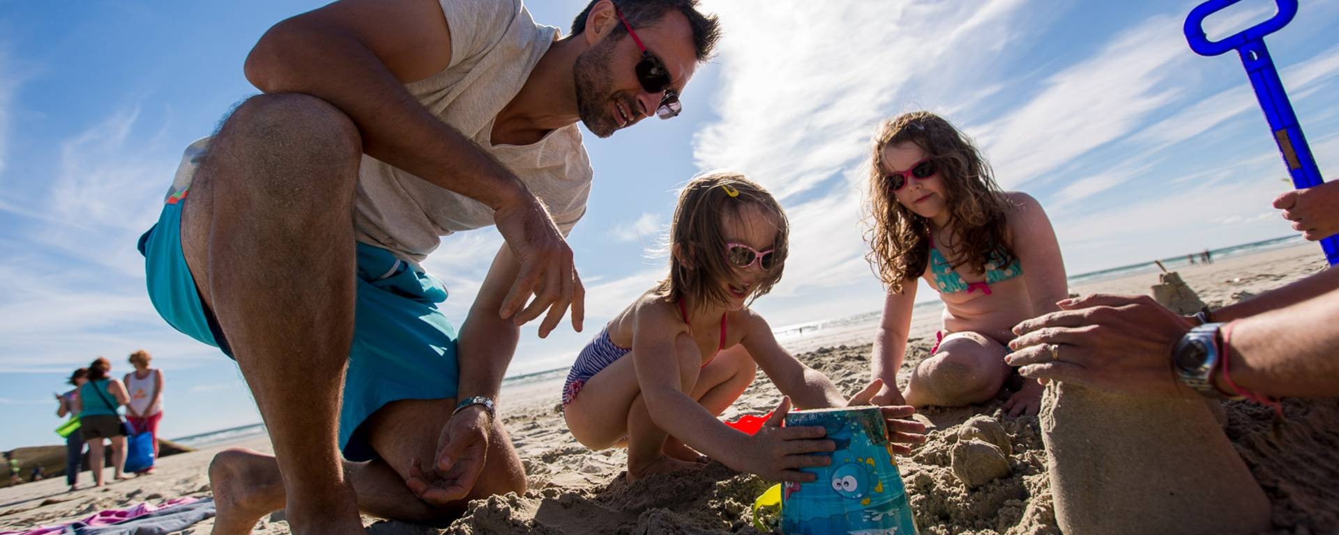 Family fun on the beach, Bay of Audierne © Y Derennes