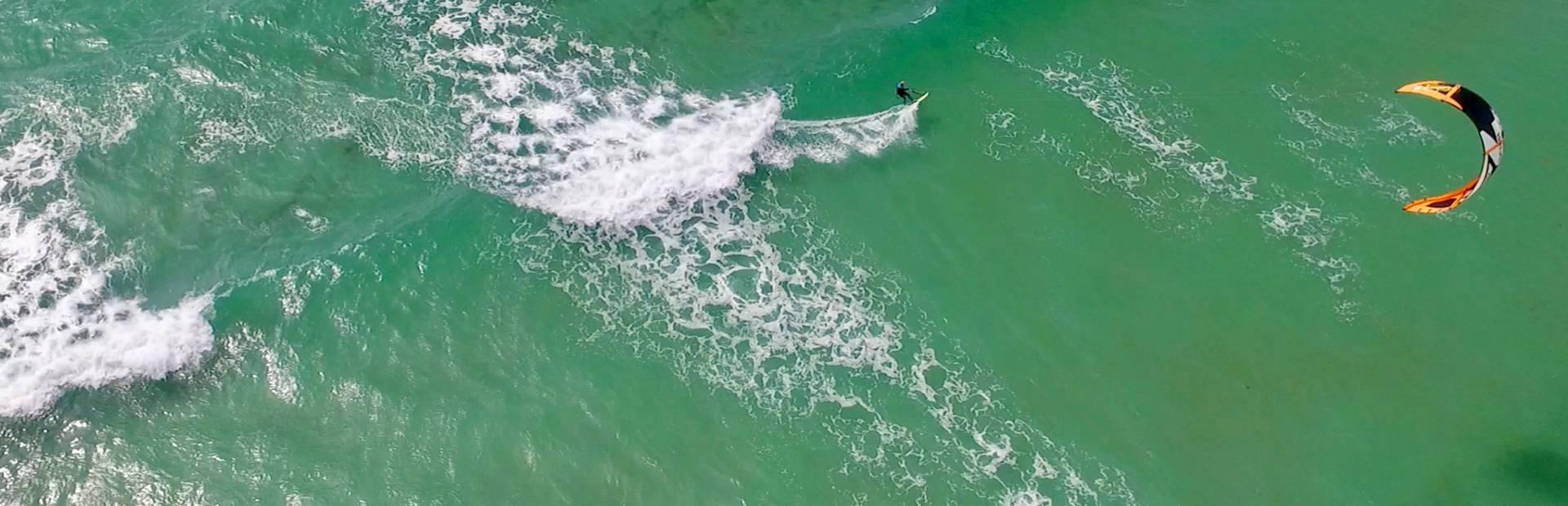 Windsurfen in der Bucht von Audierne - Pays Bigouden -® Air Pixel Concept