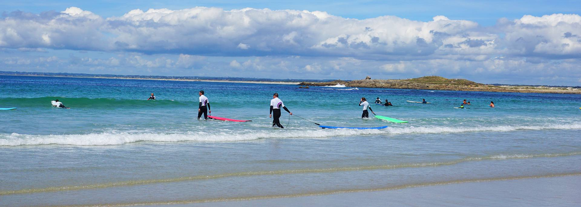 Surfen in Pors Carn bei La Torche im Pays Bigouden © E Cleret