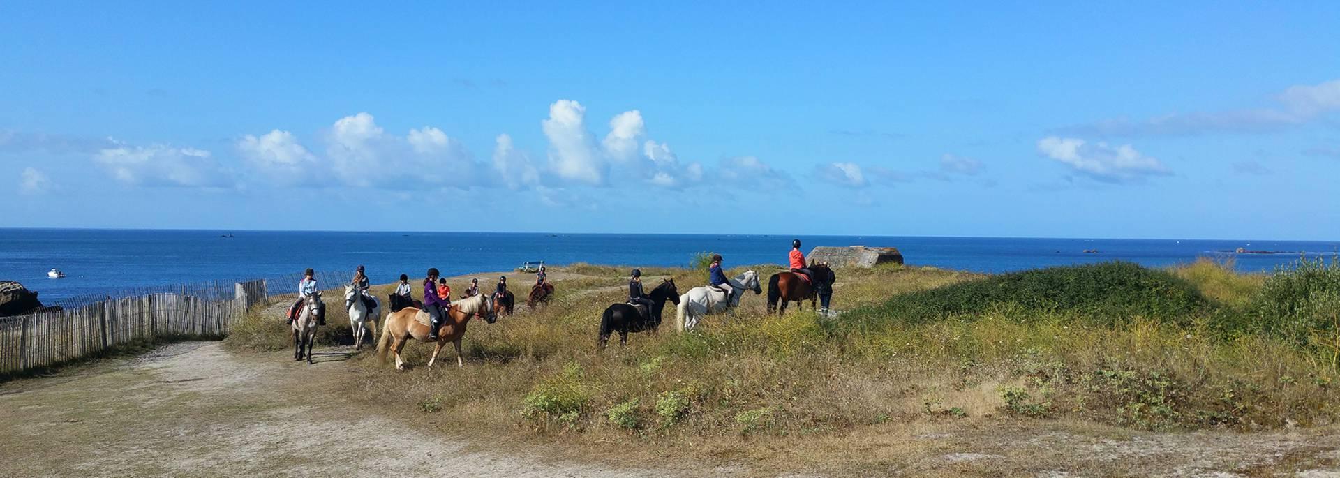 Horse riding in Pays Bigouden © E Cléret