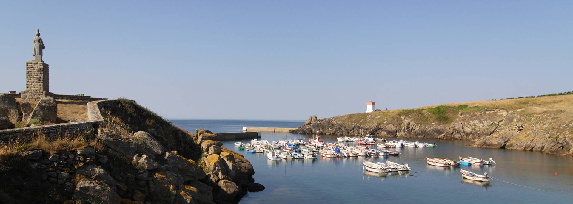The little harbour of Pors Poulhan © OTHPB