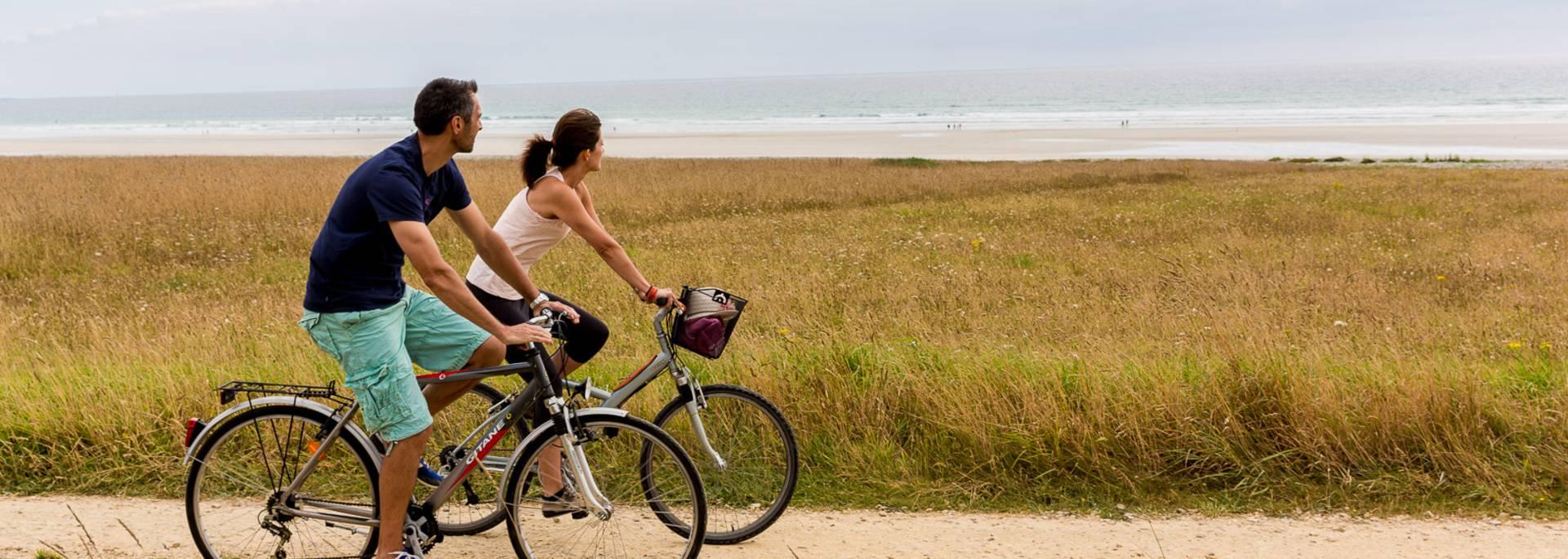 A vélo sur la littorale © Y Derennes