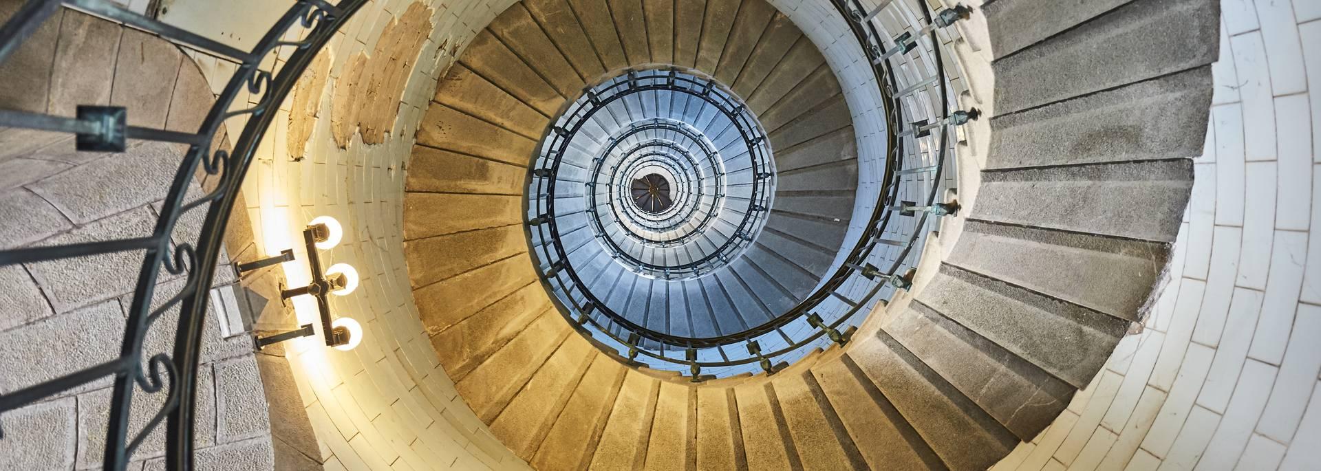 L'escalier, 307 marches à gravir, Phare d'Eckmühl ©Alexandre Lamoureux