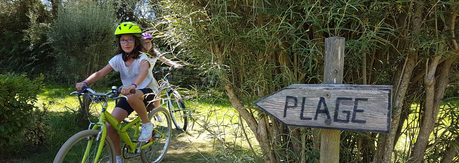 Direction la plage à vélo ! © Eva Cléret