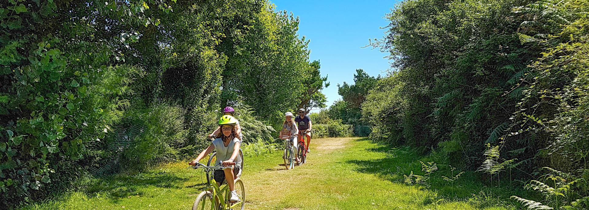 Vélo en Pays Bigouden © E Cléret