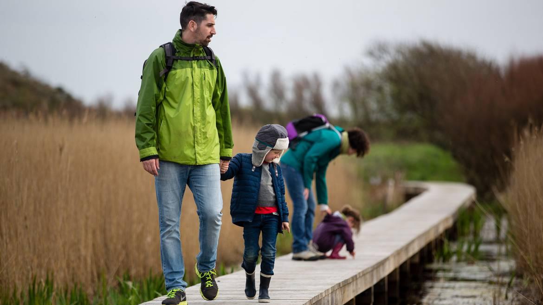 Parcourir la nature en famille © Y Derennes