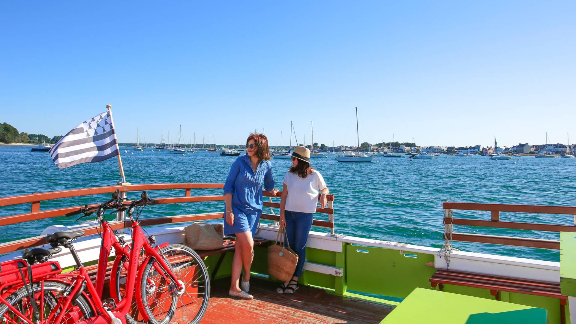 Que faire, que visiter à l'ïle-Tudy ? Départ en bateau depuis le port - Île-Tudy © E Cléret