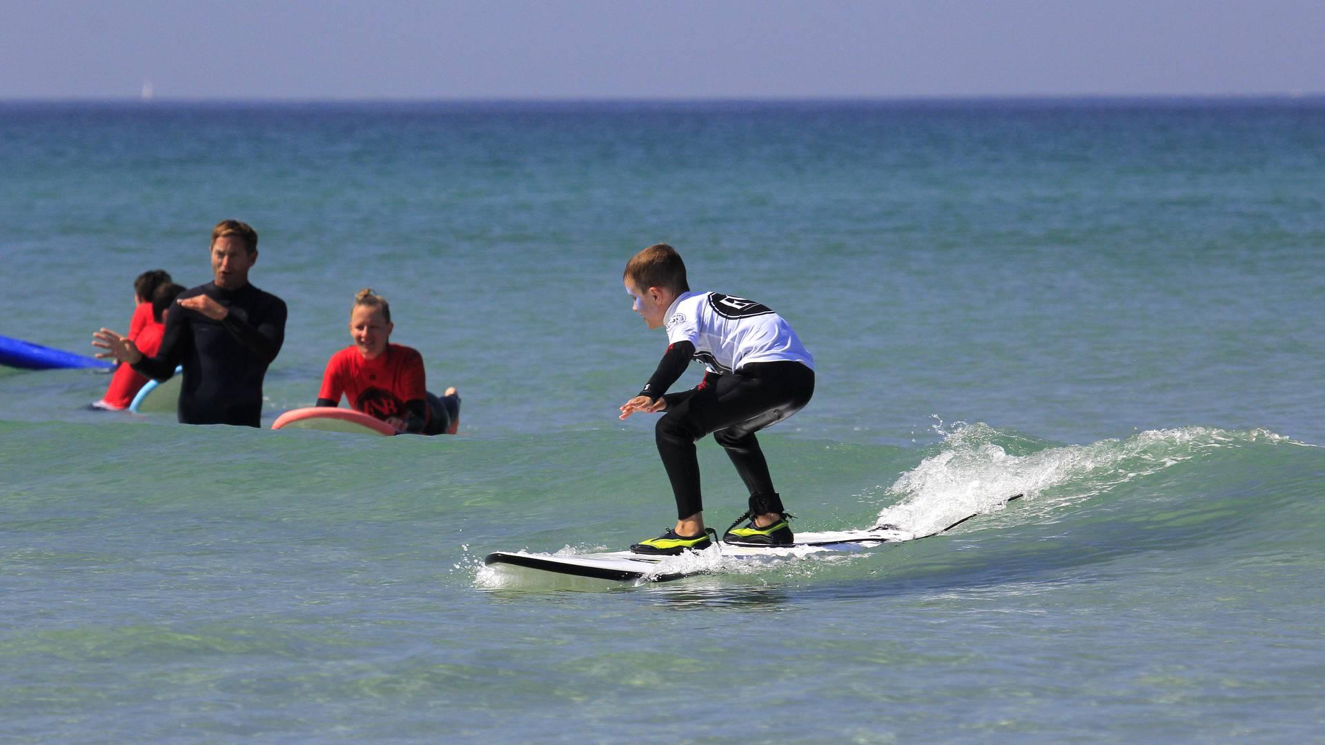 Ecole de surf de Penhors en Pays Bigouden © ESB Penhors