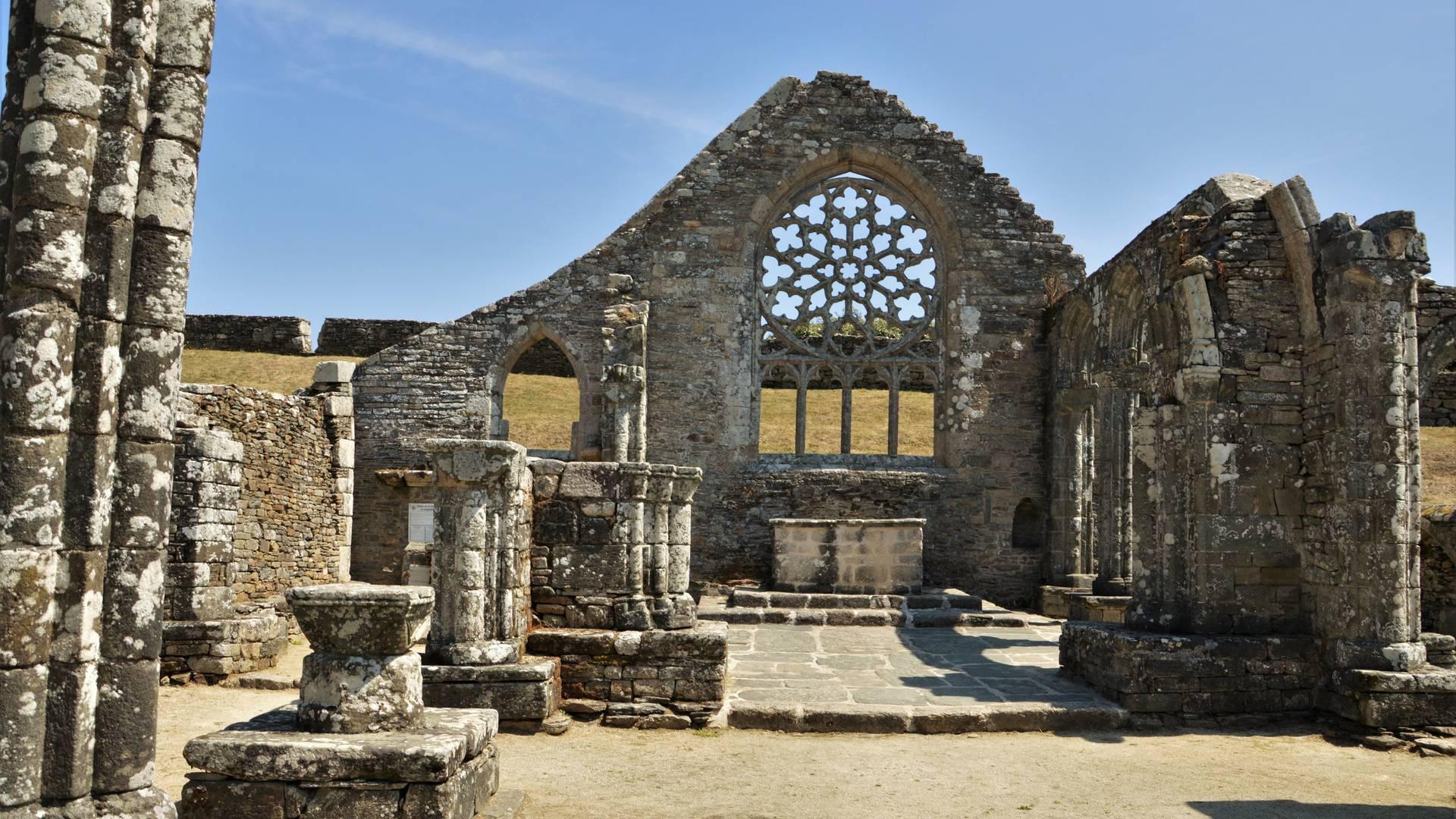 Ruines de Languidou à Plovan,  Pays Bigouden © M Hamel
