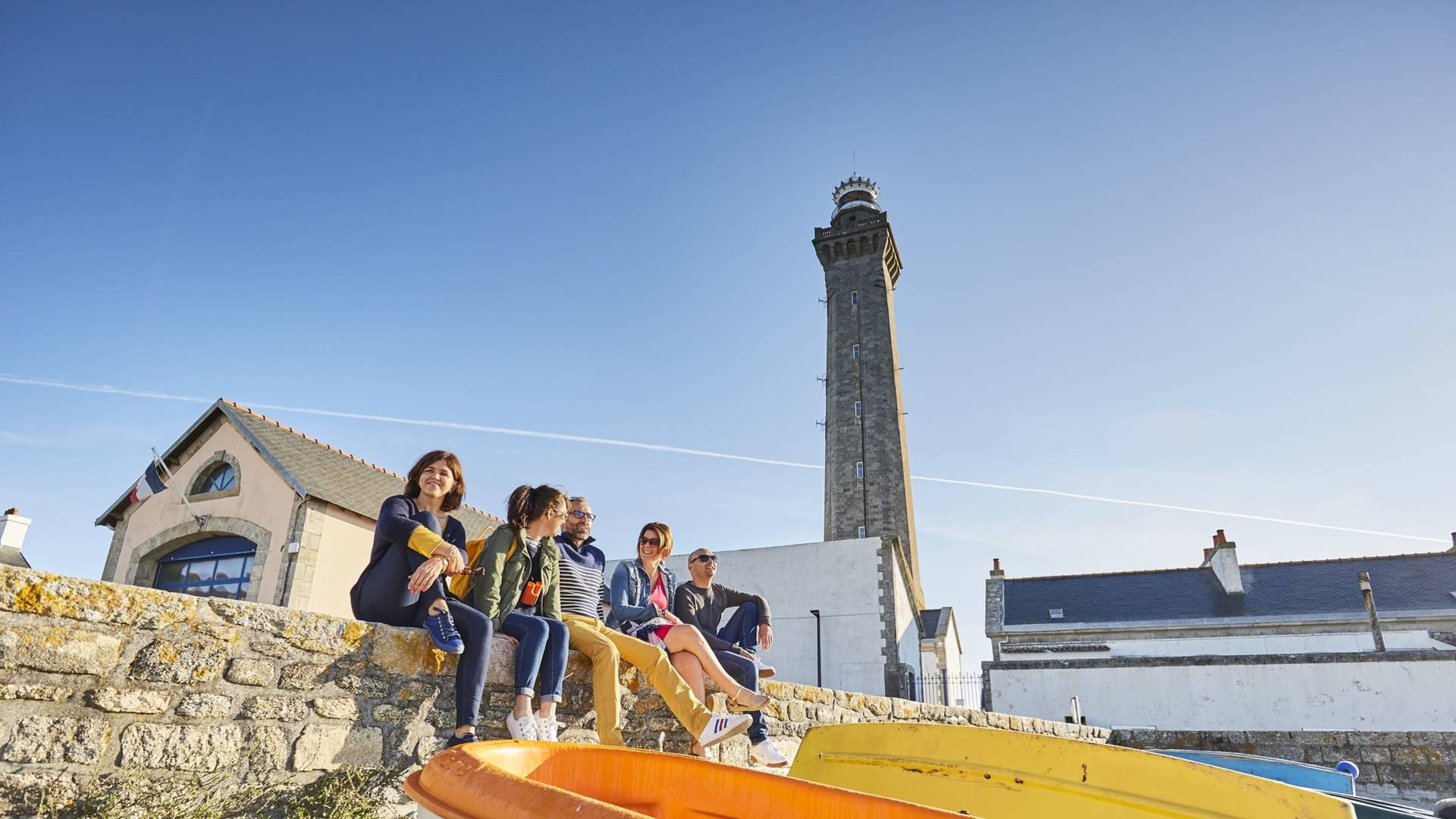 Pause détente à Penmarc'h près du phare d'Eckmühl © Alexandre Lamoureux
