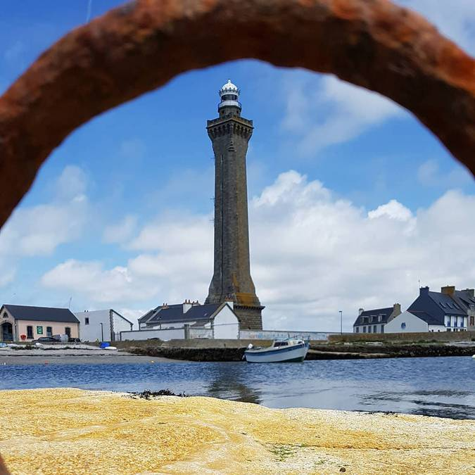 au pied du phare de Penmarc'h © M Pimentel CCPBS