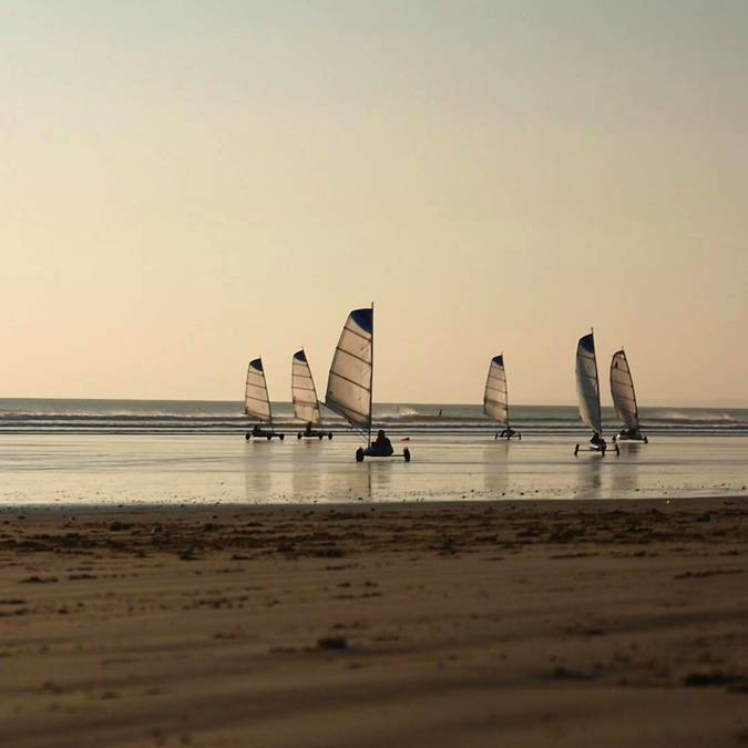 Strandsegeln in Penhors im Pays Bigouden © Air Pixel Concept