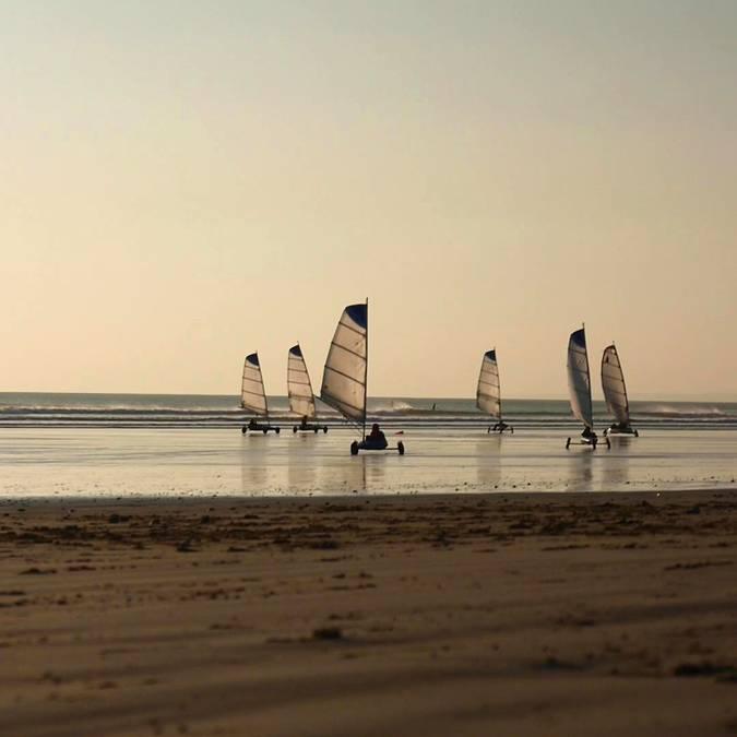Sand-yachting at Penhors, Pays Bigouden © Air Pixel Concept
